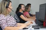 Fátima Miranda é uma das voluntárias neste processo de cadastro e solicitação de matrículas