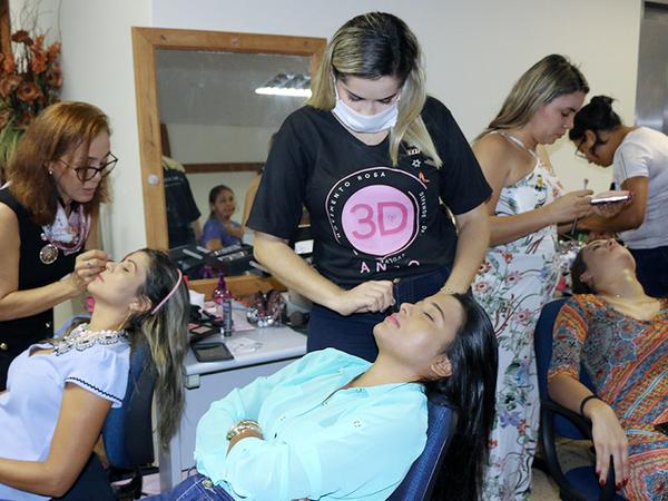 Servidoras da Seduc recebem participam do Workshop da Beleza