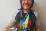 Aluna Gaby e medalhas.png
