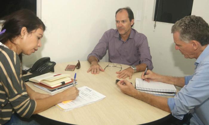 Reunião para ampliação de agroindústria de processamento de peixes