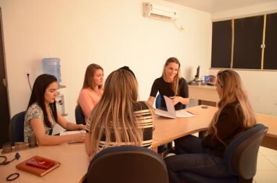 Equipe da Ouvidoria-Geral do Estado e a setorial do Detran discutem melhores práticas no atendimento às demandas
