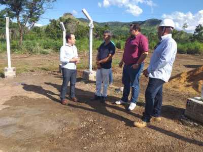 Davi Junior, vice-presidente executivo, e Marcos Júnior, diretor de produção, acompanham vistoria em Lajeado