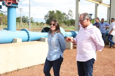 Secretária de Estado, Juliana Passarin, acompanhou visita da equipe da Codevasf ao projeto de irrigação São João.
