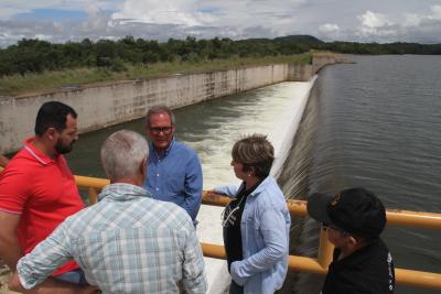 Projeto Manuel Alves, um dos mais modernos do Estado, também recebeu os representantes da Codevasf