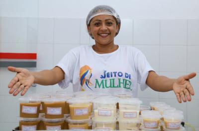 Foto 1 - O projeto qualificará nessa segunda etapa mais 225 mulheres (Carlessandro Souza)_400.jpg