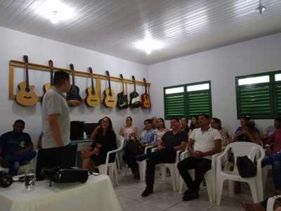 A equipe da Seciju está realizando reuniões com representantes da rede de proteção aos direitos das crianças e adolescentes de cada município.