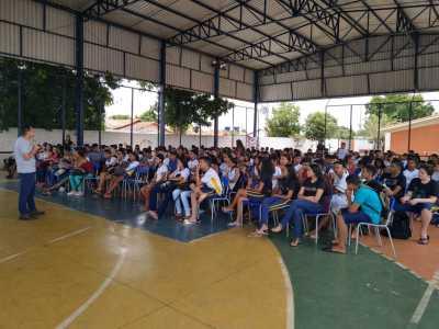 O objetivo do evento foi conscientizar sobre a prevenção da gravidez na adolescência.