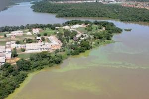 A coleta de amostras de água também ocorreu no entorno da Praia do Caju