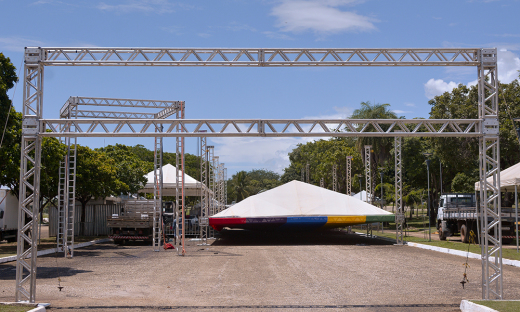 Estrutura do Toca pra Praça está em fase de montagem