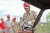 Bombeiros militar passar por treinamento de uso de novos encarceradores adquiridos pelo CBMTO