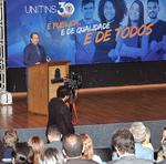 O governador Carlesse disse que ficou feliz com a homenagem e que acredita que o ensino superior é fundamental para o desenvolvimento pleno do Estado