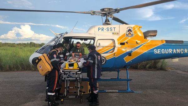Aeronave do Ciopaer efetua transporte aeromédico de vítima de acidente de trânsito