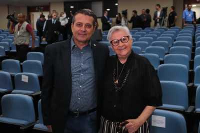 Professor Alan BITAR, Coordenador-geral da FEE-TO e Professora Doutora Maria  do Rosário Cassimiro, primeira reitora da UNITINS.