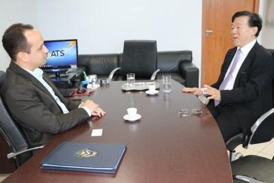 Kawano mostrou interesse em viabilizar parcerias para investimentos no saneamen