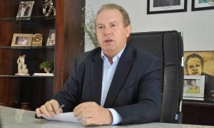 O governador Mauro Carlesse assinou nesta terça-feira, 17, decreto que suspende, por tempo indeterminado, as visitas aos parques estaduais e no Monumento Natural das Árvores Fossilizadas