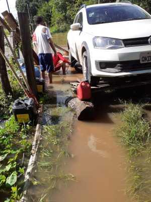 No norte do estado, bombeiros militares apoiam famílias vítimas das fortes chuvas
