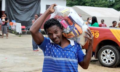 Entre os beneficiados com as cestas básicas, o pedreiro Antônio Alves Moreira