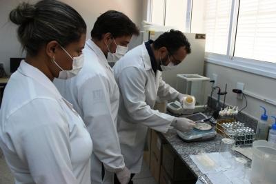 01.Lab. de Biomoleculas e Vacinas - Daniel dos Santos - Sucom - UFT.JPG