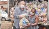 Governador Mauro Carlesse e a titular da Seduc, Adriana Aguar, iniciam a entrega de 100 mil kits de alimentos
