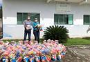 Em Arraias, o Governo do Estado entrega cestas básicas em virtude do isolamento que evita a disseminação da doença Covid-19