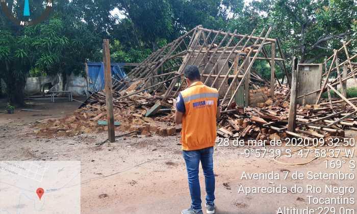 Técnico da Defesa Civil Estadual analisa situação em Aparecida do Rio Negro