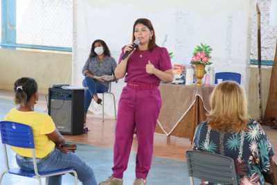 A titular da Seduc, Adriana Aguiar, destacou que a maior preocupação é levar os kits a todos os estudantes
