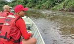 Bombeiros militares realizam buscas no Rio Araguaia, em Araguanã