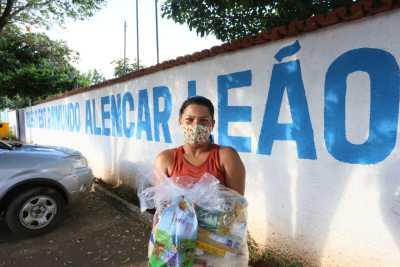 Escolas das Regionais de Colinas e Guaraí começam a entregar kits de alimentos e de produtos de higiene