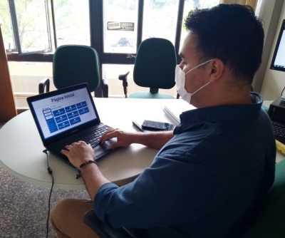 Os técnicos da Semarh participam do treinamento on-line via Moodle na manhã dessa quinta-feira, 07