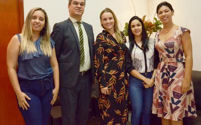 Equipe da CGE faz visita técnica ao presidente  do Detran-TO, Cláudio Alex Vieira