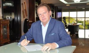 Governador Mauro Carlesse assinou a lei nesta quinta-feira, 14, que institui o Programa de Parcerias e Investimentos do Estado do Tocantins (PPI)
