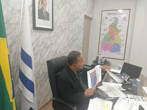Tom Lyra falou sobre as orientações e esclareceu sobre as medidas adotadas pelo Governo Estadual para enfrentar a crise