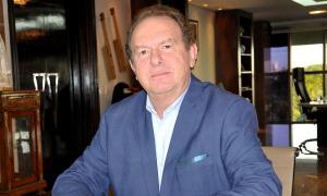 Governador Mauro Carlesse preocupado com o combate ao covid-19 no Tocantins