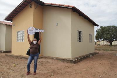 Dona Josefa comemorou o recebimento da Casa nova