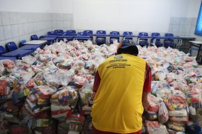 A entrega está acontecendo nas unidades de ensino de Araguaína, município mais afetado pela Covid-19