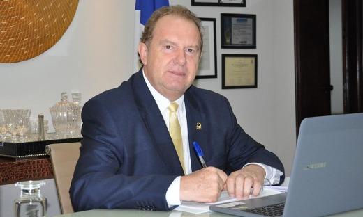Governador Mauro Carlesse sancionou lei que permite que reeducandos e socioeducandos sejam remunerados por trabalho realizado