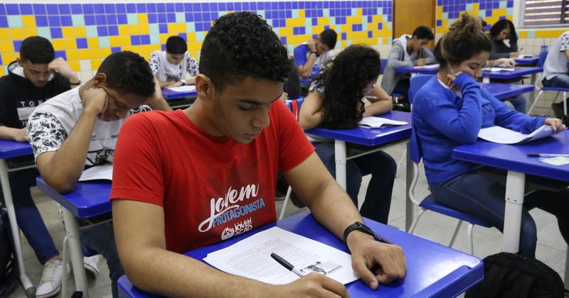 Desde 2007, o Programa #TOnoEnem prepara os estudantes para o exame nacional