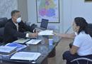 Secretário Tom Lyra e a presidente da Abrasel, Ana Paula Setti Nogueira, durante encontro na Sics