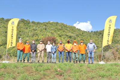 Representantes dos órgãos ambientais participaram da execução do aceiro negro na TO-010
