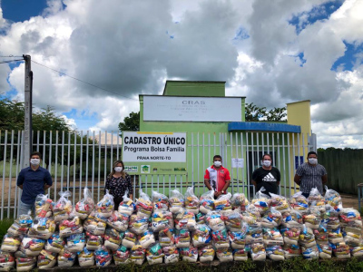Foto 4 - 2400 famílias serão atendidas nesta semana. (Matheus Macedo)_400.jpg