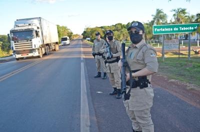 Comandante do CPI, coronel Francinaldo Machado Bó, subcomandante do CPI, tenente-coronel Jerry Adriane e comandante do 7 BPM, tenente-coronel Autieres Bezerra Pimentel.