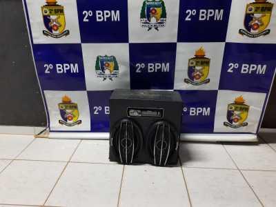 Polícia Militar apreende aparelhagem de som em Araguaína.