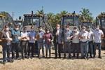 Governador Mauro Carlesse e vice-governador Wanderlei Barbosa entregaram maquinário para mais dez municípios