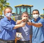 O prefeito de Dianópolis, Padre Gleibson, informou que as máquinas serão usadas para uma série de ações que visam diminuir os impactos da estiagem