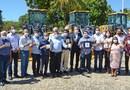 Governador Mauro Carlesse ressalta que os 74 municípios que receberam o maquinário já poderão recuperar as estradas vicinais