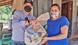 No Jalapão, Governo do Tocantins entrega de cestas básicas famílias assentadas e quilombolas