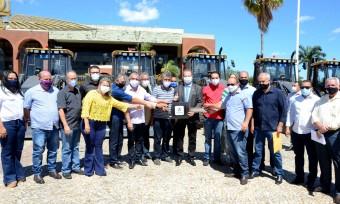 Governador Mauro Carlesse destacou a parceria com a bancada federal e a satisfação em viabilizar recursos para todas os municípios
