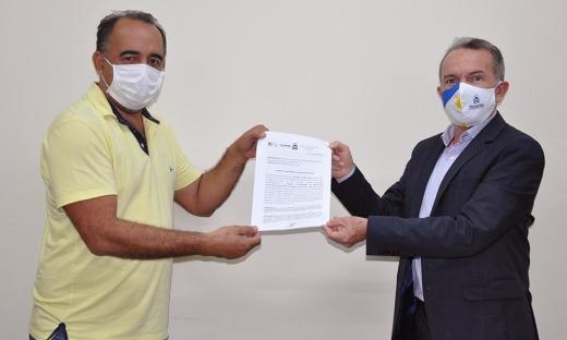 Assinatura do Termo de Compromisso de Gestão do Terminal Rodoviário Particular