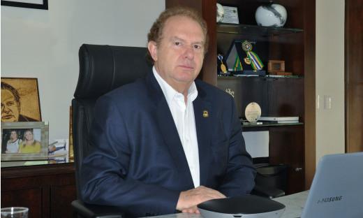 """Regulamentação do programa """"Essa Terra é Nossa""""  foi assinadapelo governador  Mauro Carlesse epublicadano Diário Oficial do Estado dessa segunda-feira, 13"""
