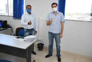 Presidente da Adapec e deputado Olyntho Neto debatem medidas para agilizar o processo de agroindústrias no Estado